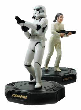 Epic Force Stormtrooper/Leia