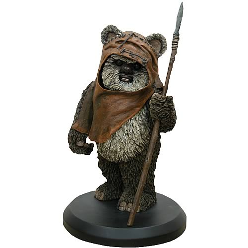 Star Wars Wicket W. Warrick Statue