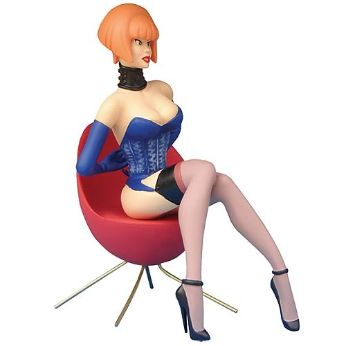 Pin-Up Carola Statue
