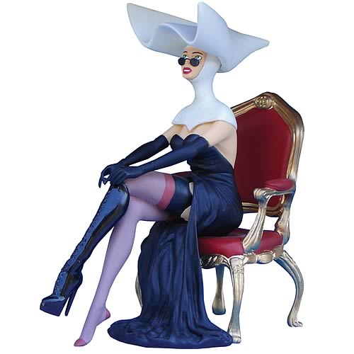 Pin-Up Sister Benedicte Statue