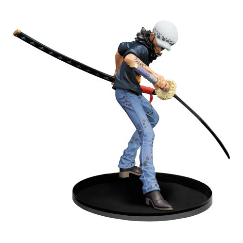 One Piece Trafalgar Law Statue