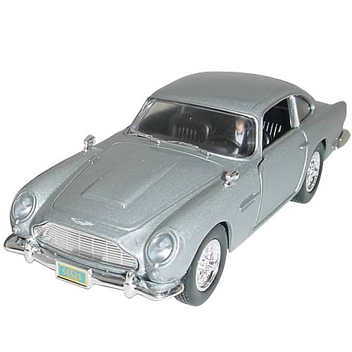 James Bond Casino Royale 1:36 Scale Aston Martin DB5