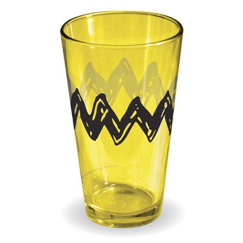 Peanuts Charlie Brown T-Shirt Yellow Pint Glass