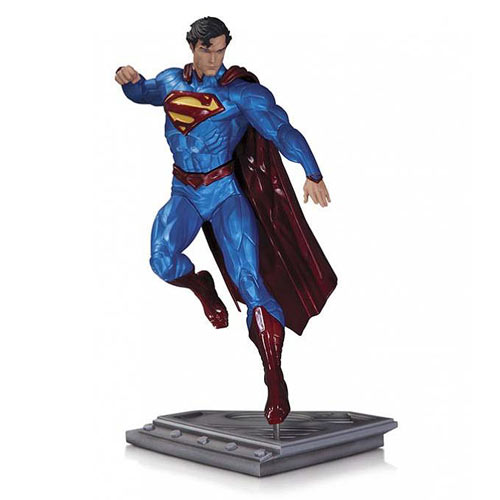 Superman The Man of Steel by Kenneth Rocafort Statue