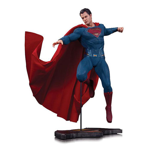 The Man of Steel Is Back as 1:6 Scale Statue