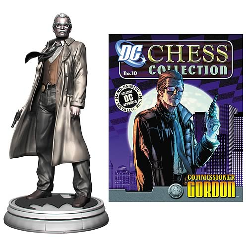 Batman Commissioner Gordon Pawn Chess Piece and Magazine