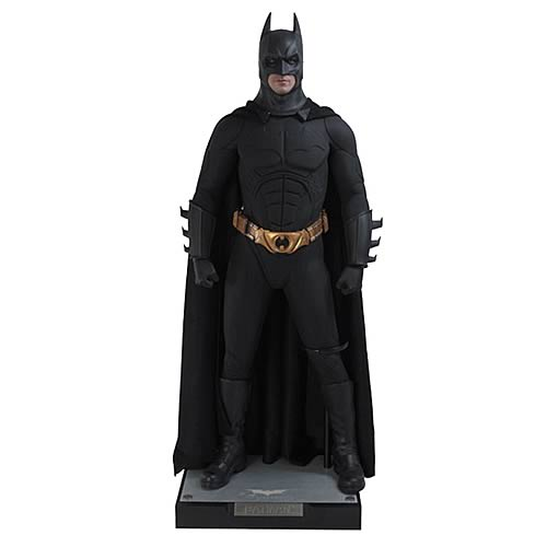 Enterbay Dark Knight Batman HD 1:4 Scale Figure