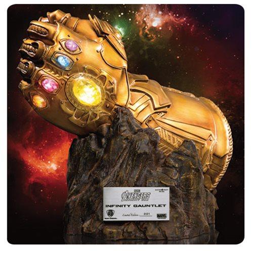 Avengers: Infinity War Infinity Gauntlet MC-004 Replica Statue - Previews Exclusive