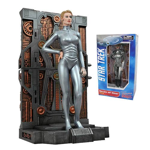 Star Trek Femme Fatales Seven of Nine Statue