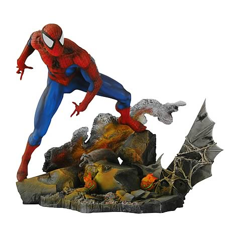Marvel Milestones Showdown Spider-Man Statue