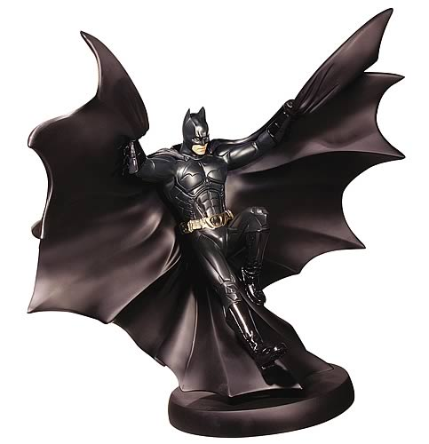 Batman Begins: Batman in Flight Statue