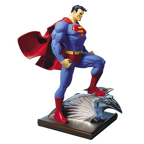 Superman Mini Statue