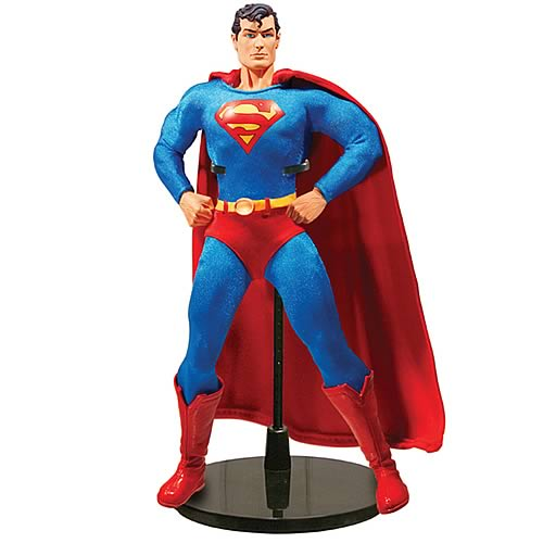 Superman 13-Inch Deluxe Collector Figure