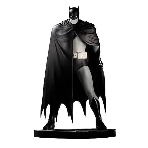 Batman Black And White Dave Mazzucchelli Statue