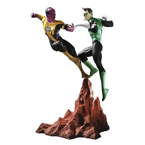 Green Lantern vs Sinestro Mini Statue
