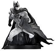 Batman Black and White David Finch Statue