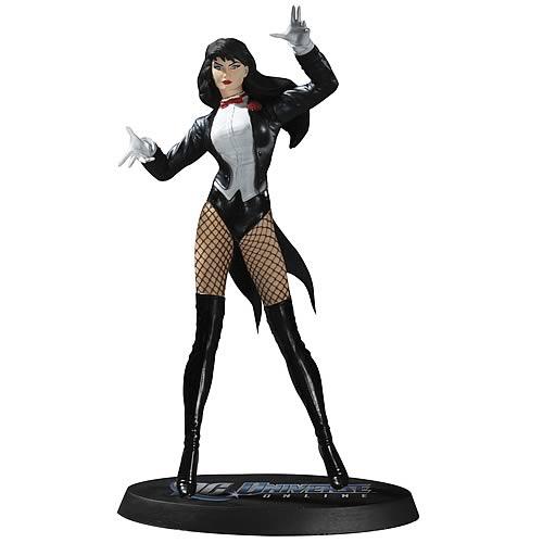 DC Universe Online Zatanna Statue