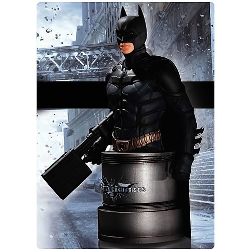 Batman Dark Knight Rises Batman with EMP Rifle Bust