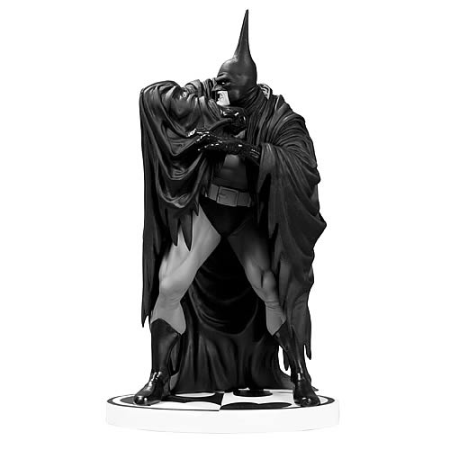 Batman Black and White Kelley Jones Version 2 Statue