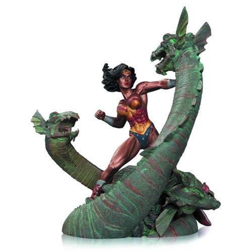 Wonder Woman vs. Hydra Mini Patina Statue
