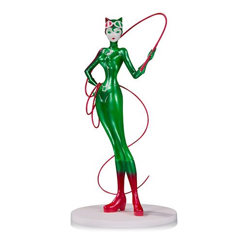 DC_Comics_Artists_Alley_Catwoman_Holiday_Variant_by_Sho_Murase_Designer_Vinyl_Statue