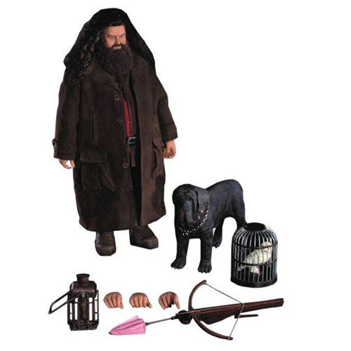 Resultado de imagem para Harry Potter & the Sorcerer's Stone Rubeus Hagrid Deluxe