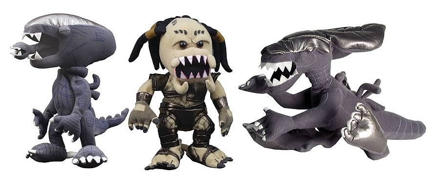 Alien vs. Predator Plush Set