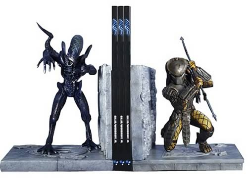 Alien vs. Predator Bookends