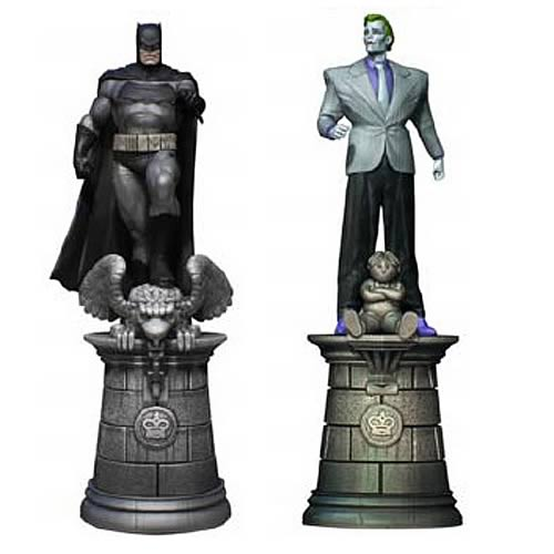 Batman and Joker Chess Piece 2-Pack with Collector Magazine