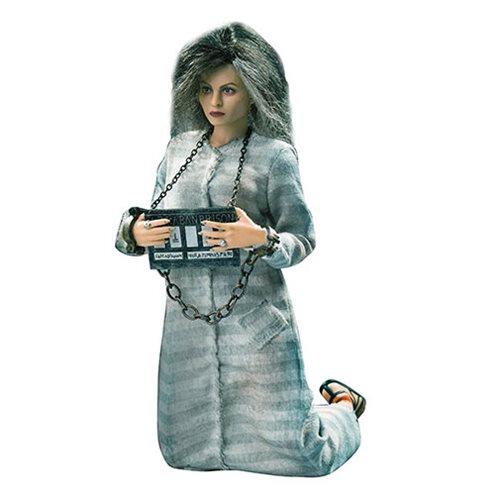 Harry Potter and the Deathly Hallows Bellatrix Prisoner Version 1:8 Scale Action Figure
