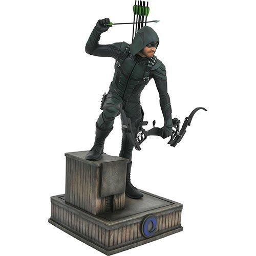 Картинки по запросу DC Comics PVC Gallery Statues - Arrow TV Series - Green Arrow