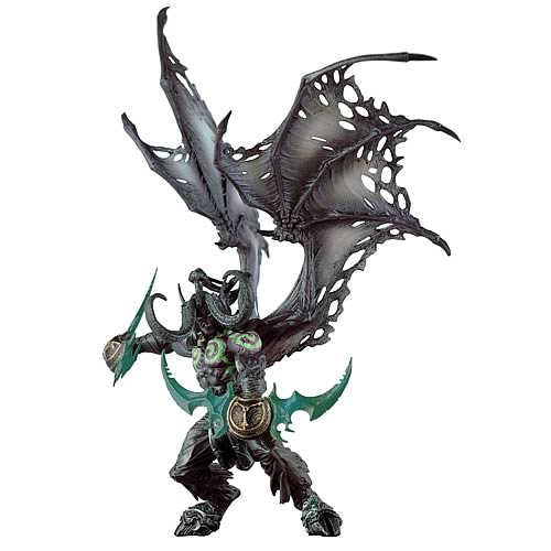 World of Warcraft Deluxe Illidan (Demon Form) Action Figure