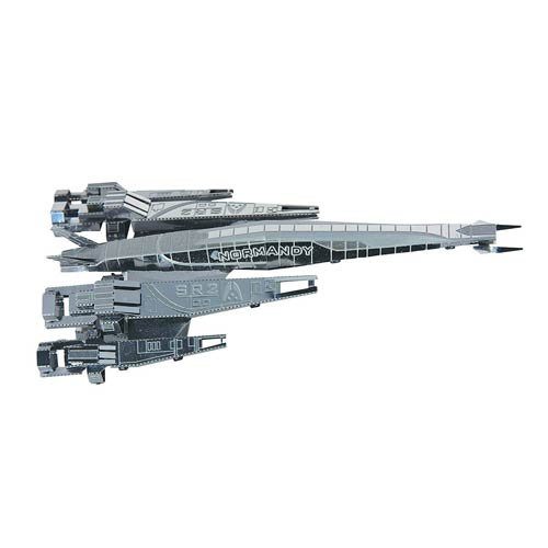 Mass Effect Metal Earth Normandy SR-2 Model Kit