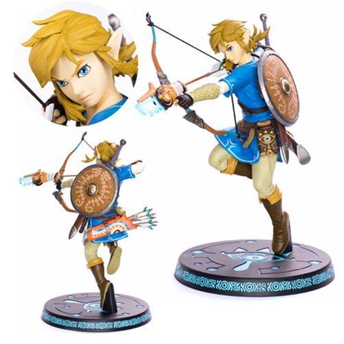 The Legend of Zelda: Breath of the Wild Link Statue