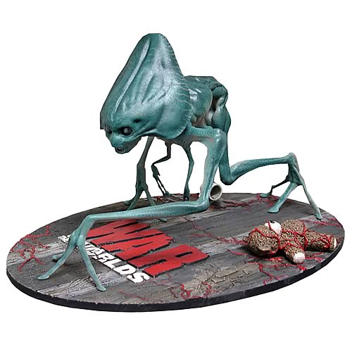 War of the Worlds 2005 Alien Figure Preassembled Model Kit