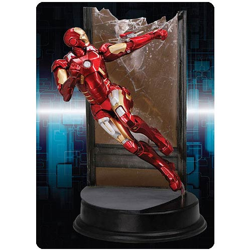 Avengers Iron Man MK VII Combat Version Pre-Assembled Kit