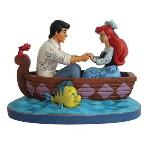 Disney_Traditions_The_Little_Mermaid_Waiting_For_A_Kiss_Ariel_and_Prince_Eric_Statue_by_Jim_Shore