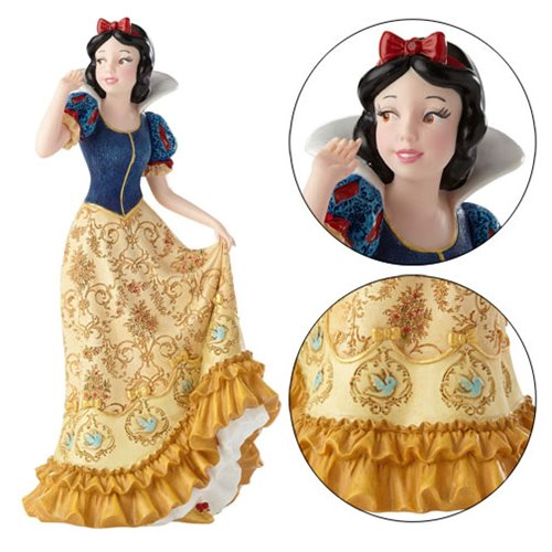 Disney Showcase Snow White and the Seven Dwarfs Snow White Statue