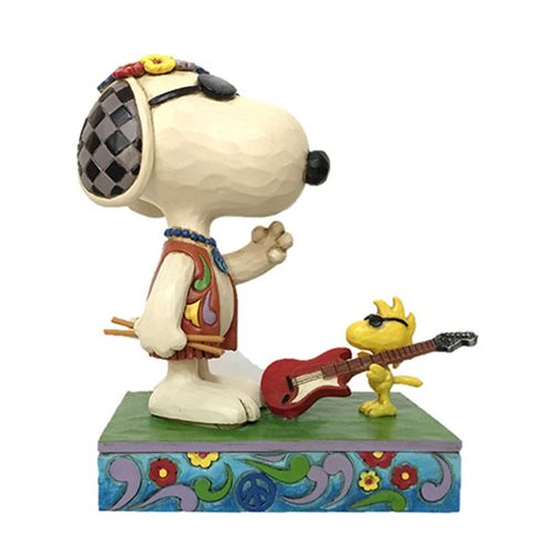 Peanuts_Snoopy_and_Woodstock_Concert_Goers_Concert_Critters_by_Jim_Shore_Statue