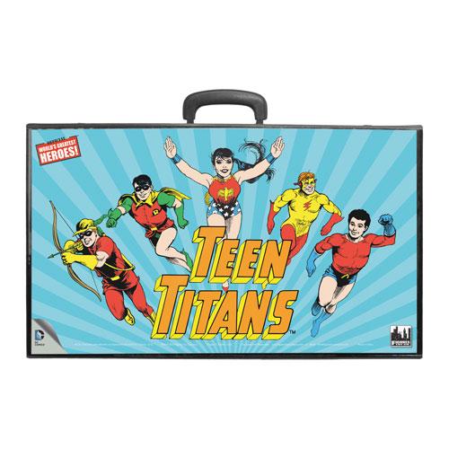 Teen Titans Retro Action Figures Carry Case