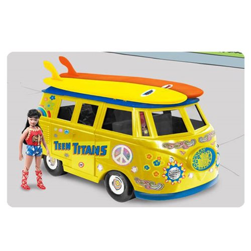 Batman Teen Titans Van Vehicle with Wondergirl Action Figure