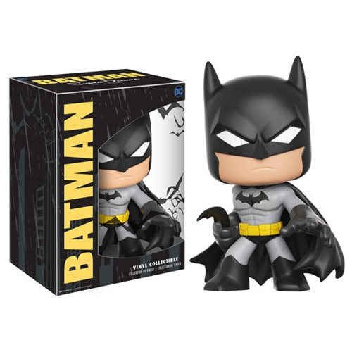Batman Super Deluxe Vinyl Figure