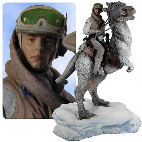 Star Wars Luke Skywalker on Tauntaun Statue