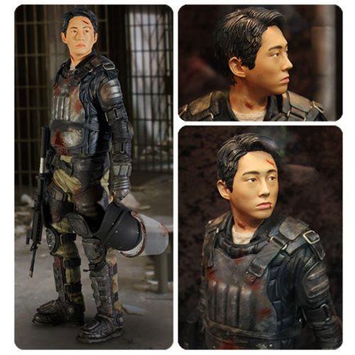 The Walking Dead Glenn In Riot Gear 1:4 Scale Statue