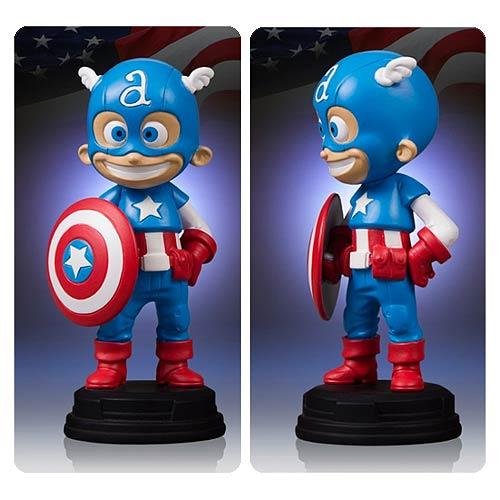 Captain America Marvel Skottie Young Statue