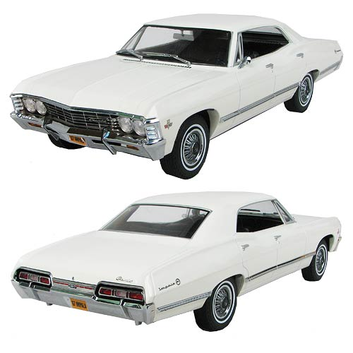 1967 White Chevrolet Impala 1:18 Scale Die-Cast Vehicle