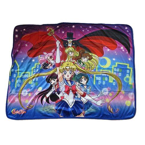 Sailor_Moon_R_Sailor_Moon_Group_Sublimation_Throw_Blanket