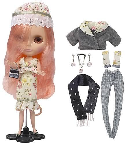 Blythe Mademoiselle Rose Bud Doll