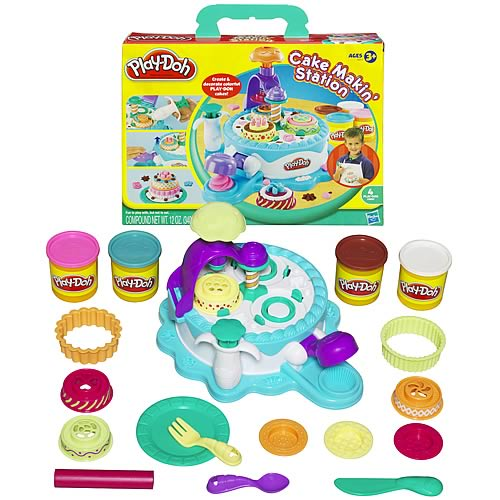 Play-Doh Cake Making Station