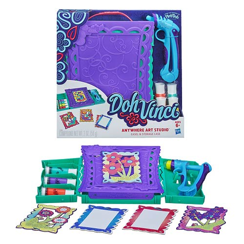 Play-Doh DohVinci Anywhere Art Studio Easel & Storage Case